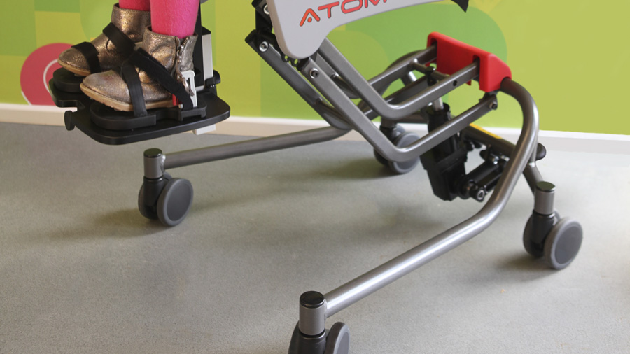 Características y beneficios más destacados de la silla de interior Atom - Rehagirona