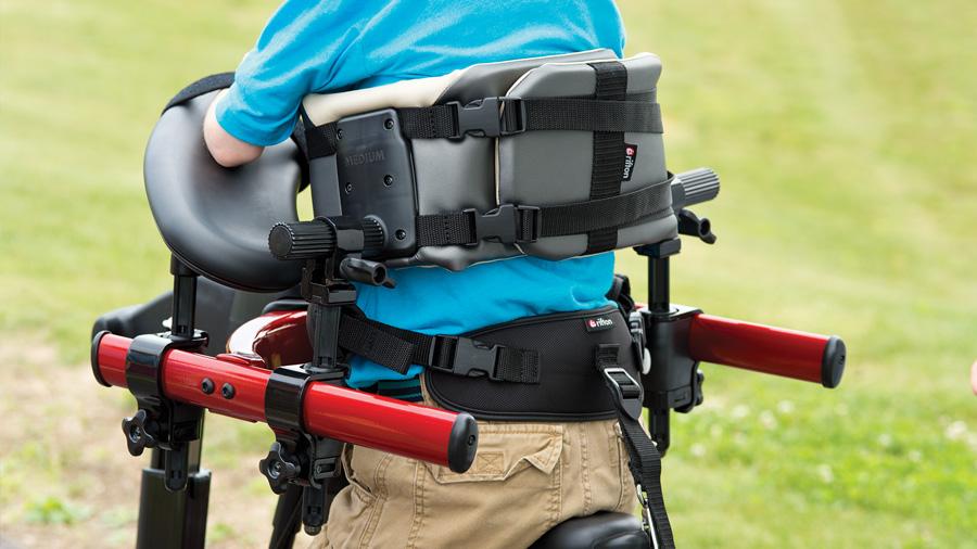 Rehapedia: Comparación de andador anterior y posterior con respecto a los parámetros de la marcha y el gasto de energía de los niños con parálisis cerebral dipléjica espástica