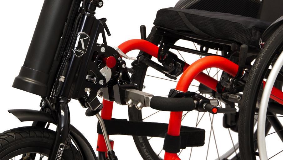 Nuevo sistema de conexión para las handbikes Klick a una silla de ruedas