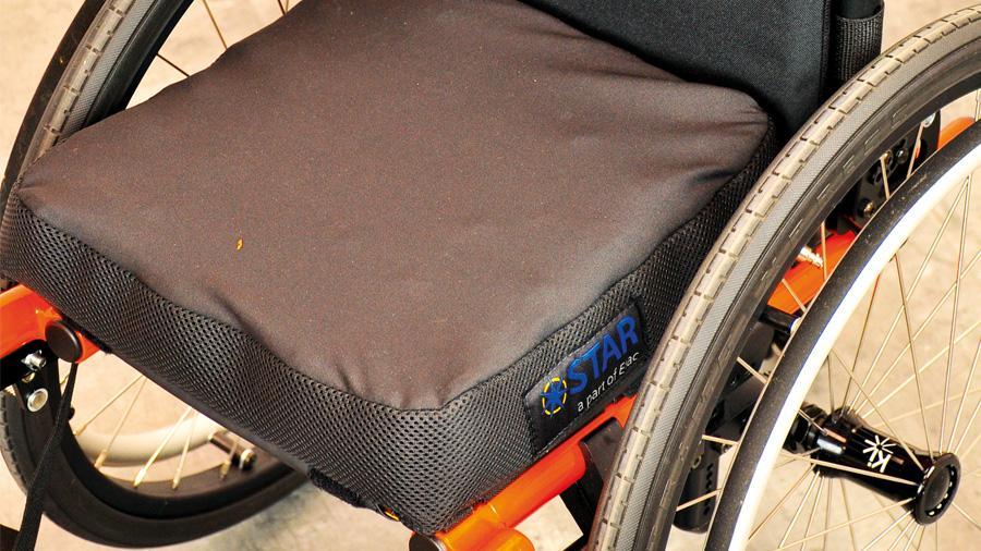 Escaras, cómo evitarlas en tu silla de ruedas - RehaPro - Rehagirona